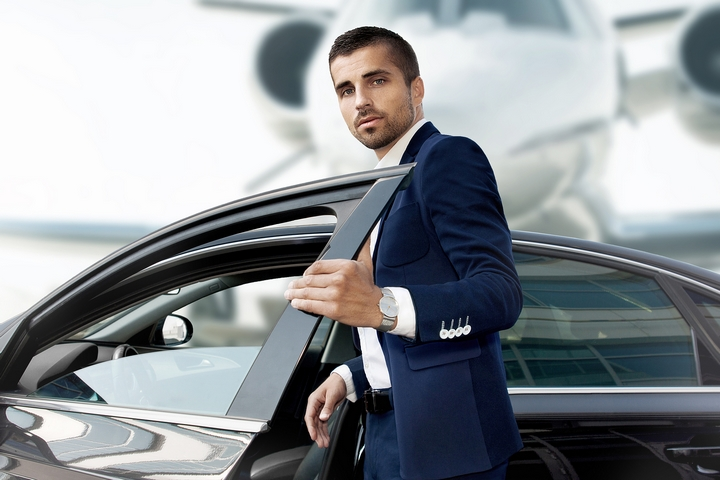 should you tip limo drivers